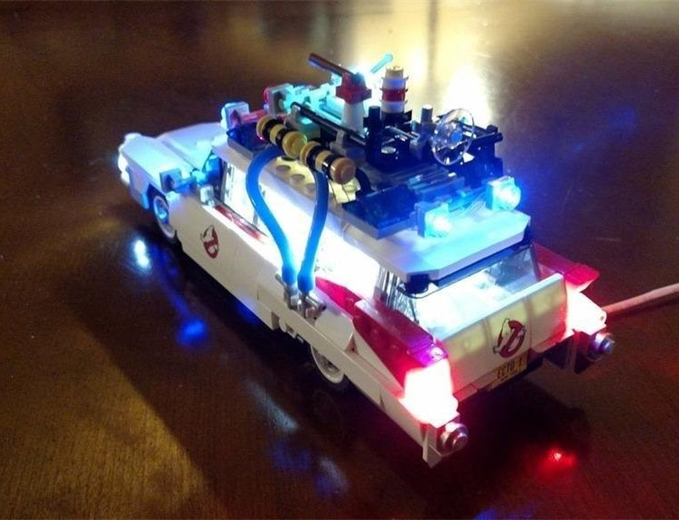 Basic Version LED Light Kit For LEGO creator technic car 10220/10242/42056/10252/10194/76023 (Only Light Set)Kits