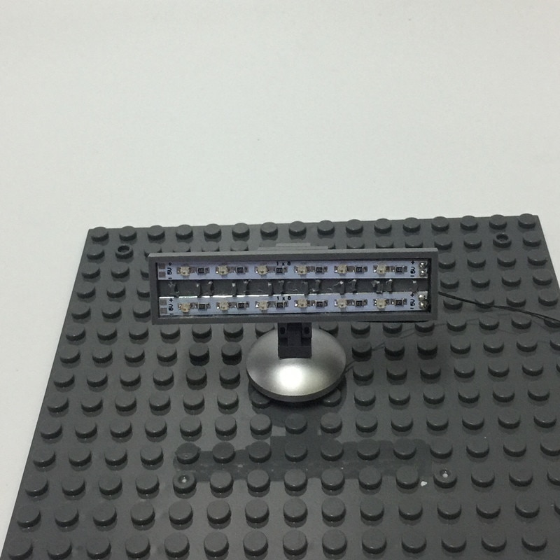 Basic Version LED Street Light /SpotLight/Traffic Light For LEGO and LEPIN city series (Only Light Set)Kits
