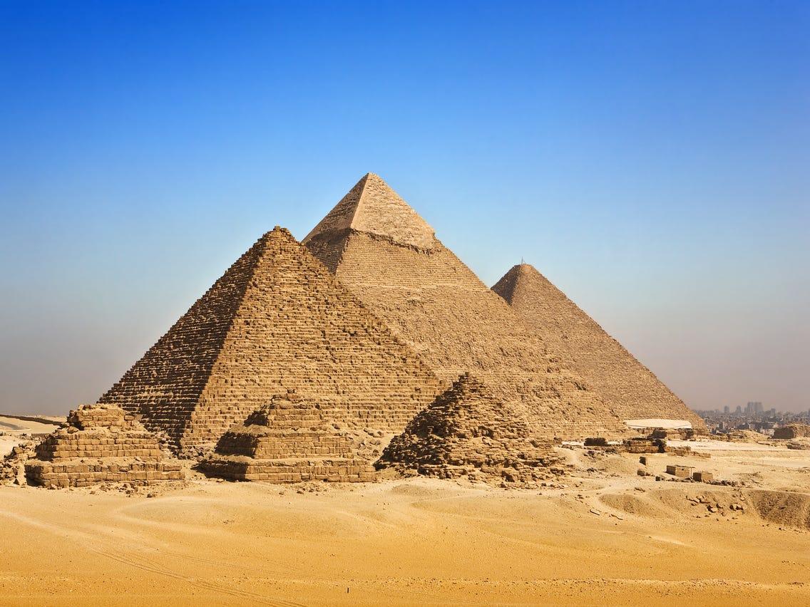 YZ 059 Large Golden Egyptian Pyramids