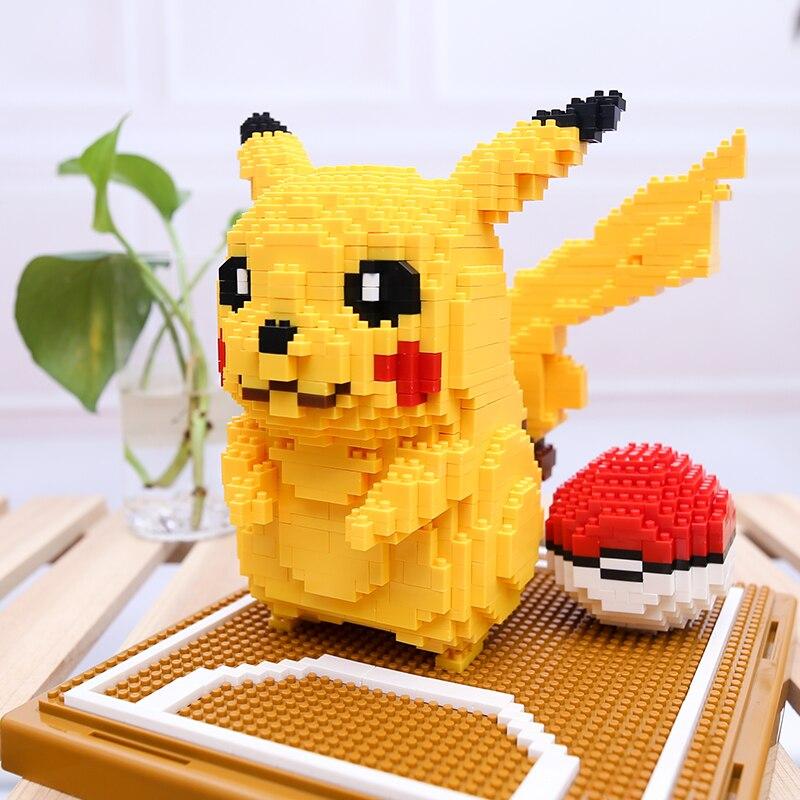 LNO 157 Pikachu Pocket Ball