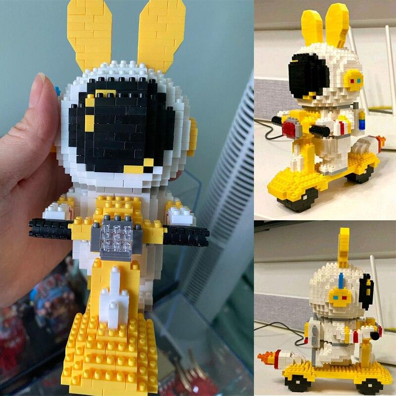 MCO 6001-6005 Rabbit Astronaut