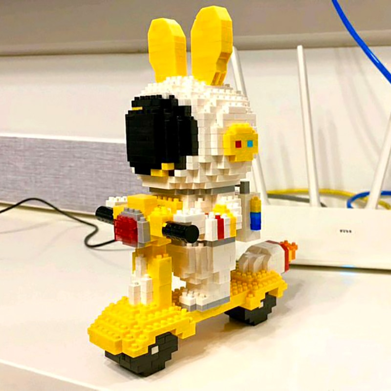 HC Magic 6001 Rabbit Astronaut Scooter